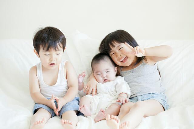 学資保険はいつから入るべき?赤ちゃんのとき?ベストな加入時期を解説-サムネイル画像